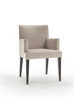 Vicky sedia poltroncina contract living tessuto finta pelle pelle trapuntatura con senza braccioli gambe legno stile moderno linea semplice bar hotel lobby ristoranti sala da pranzo ufficio sala conferenze Vicky contract chair small armchair fabric artificial leather leather quilted with without armrest wooden legs modern lines simple bar restaurant hotel dining room meeting room office